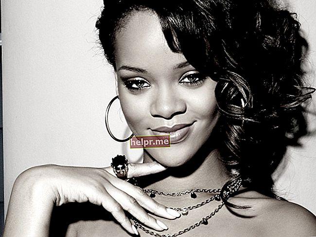 Rihanna Magasság, súly, életkor, teststatisztika